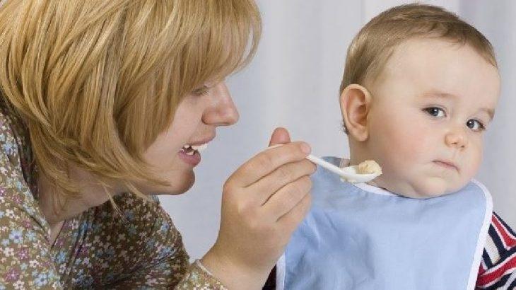 bebé rechaza la comida