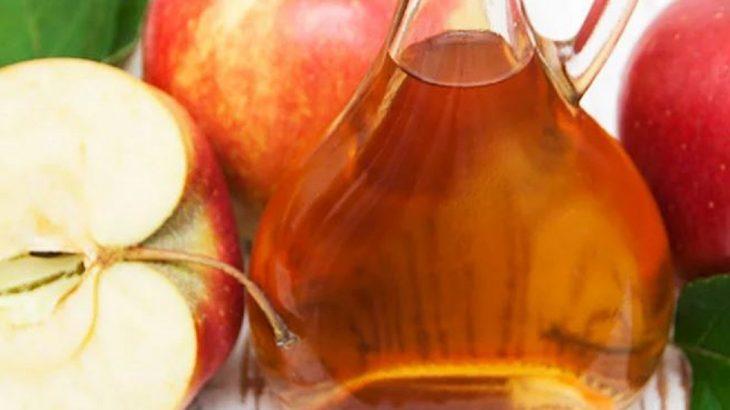 vinagre de manzana en el rostro